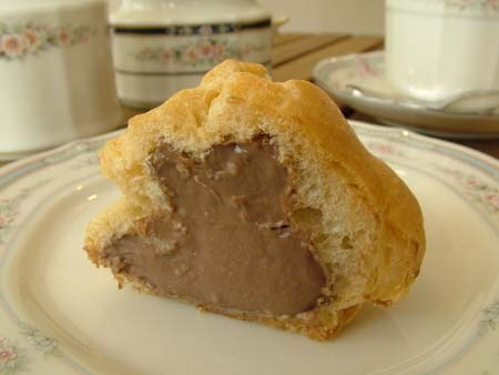 chocolate cream puff.JPG