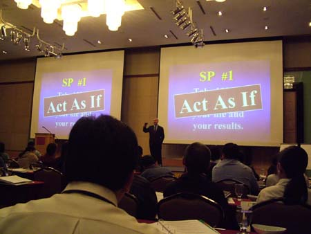 jack canfield seminer1.JPG