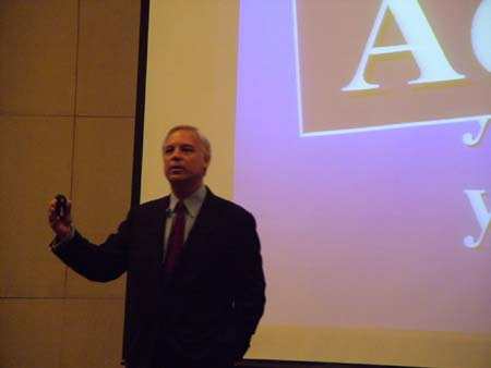 jack canfield seminer2.JPG