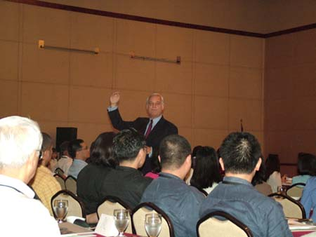 jack canfield seminer3.JPG