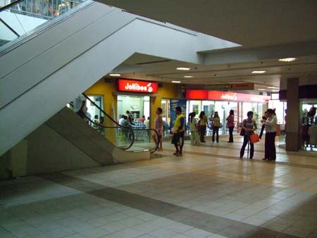 pavilion mall inside.JPG