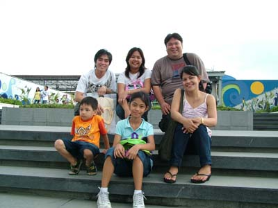 with_tabaching_family.JPG